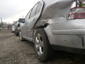 Автомобиль фольксваген перед ремонтом